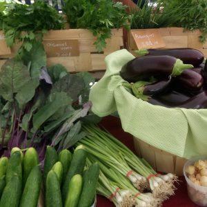 légumes biologiques marché fermier